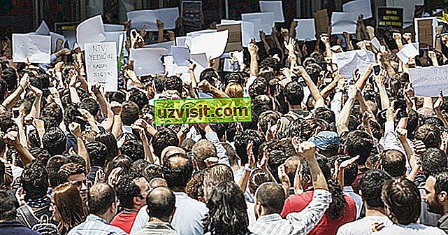 5 لحظات مهمة في النضال من أجل الديمقراطية